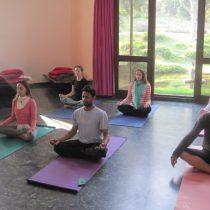 yoga influye en la mente