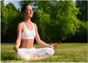 Como practicar yoga para rejuvenecer