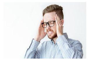 Yoga facial dolor de cabeza